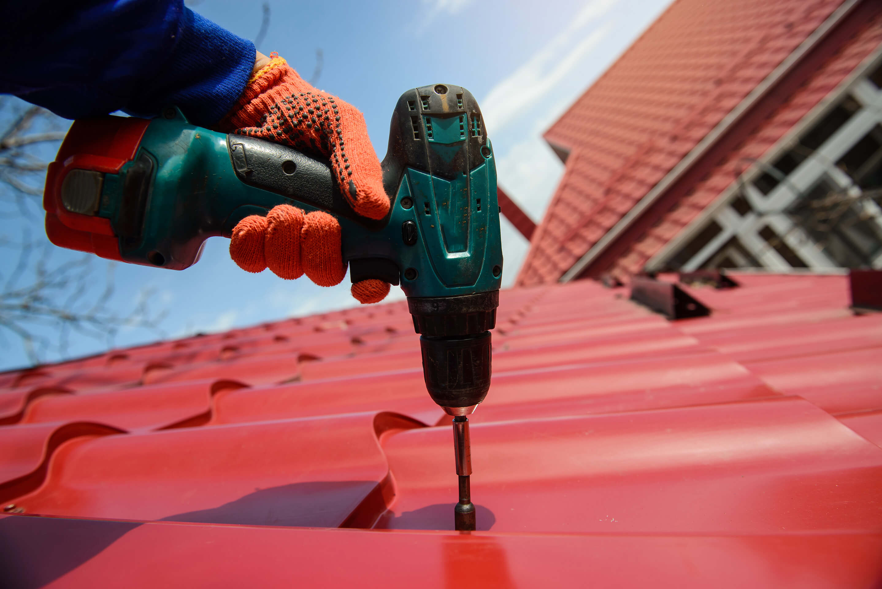 Metal Roofing | Les Constructions Powers Inc.
